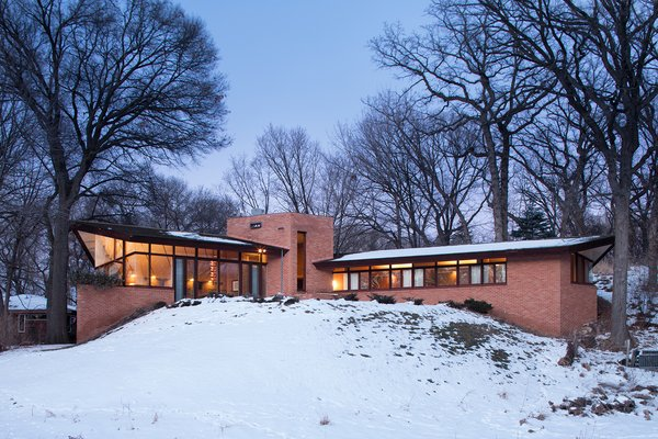 2206 Parklands Lane, Saint Louis Park, MN 55416  Photo 1 of 8 in The Original Homeowners of a Frank Lloyd Wright-Designed House Ask $1.3 Million