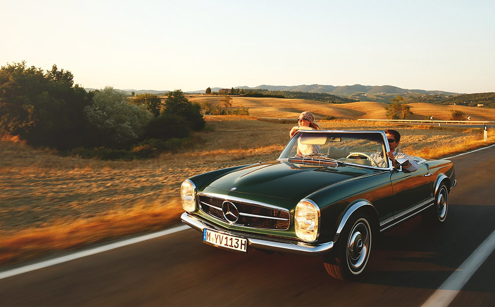Photo 2 of 6 in Mercedes-Benz Classic Car Travel