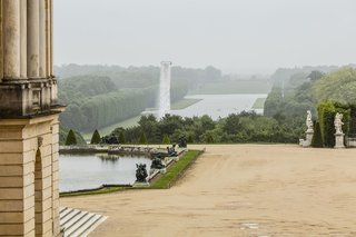 Olafur Eliasson Gives Versailles a Surreal Aura - Photo 1 of 5 -