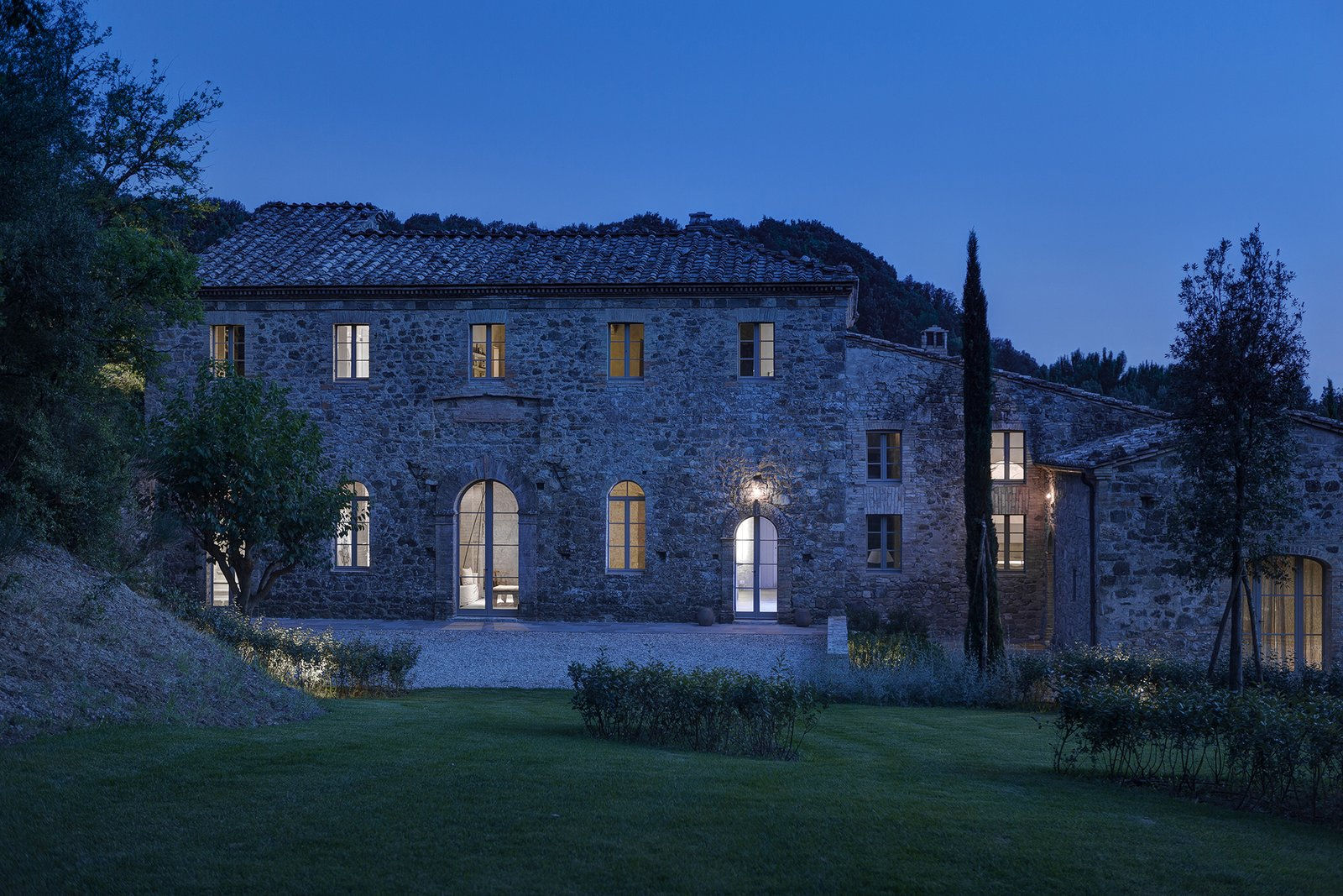Photo 1 of 7 in A Nocturnal Marvel in Montalcino