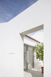 Villa Tranquille - Photo 2 of 5 - Photography Marie-Caroline Lucat