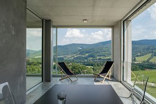 A Striking Modern House Built In A Pastoral Landscape - Photo 5 of 7 -