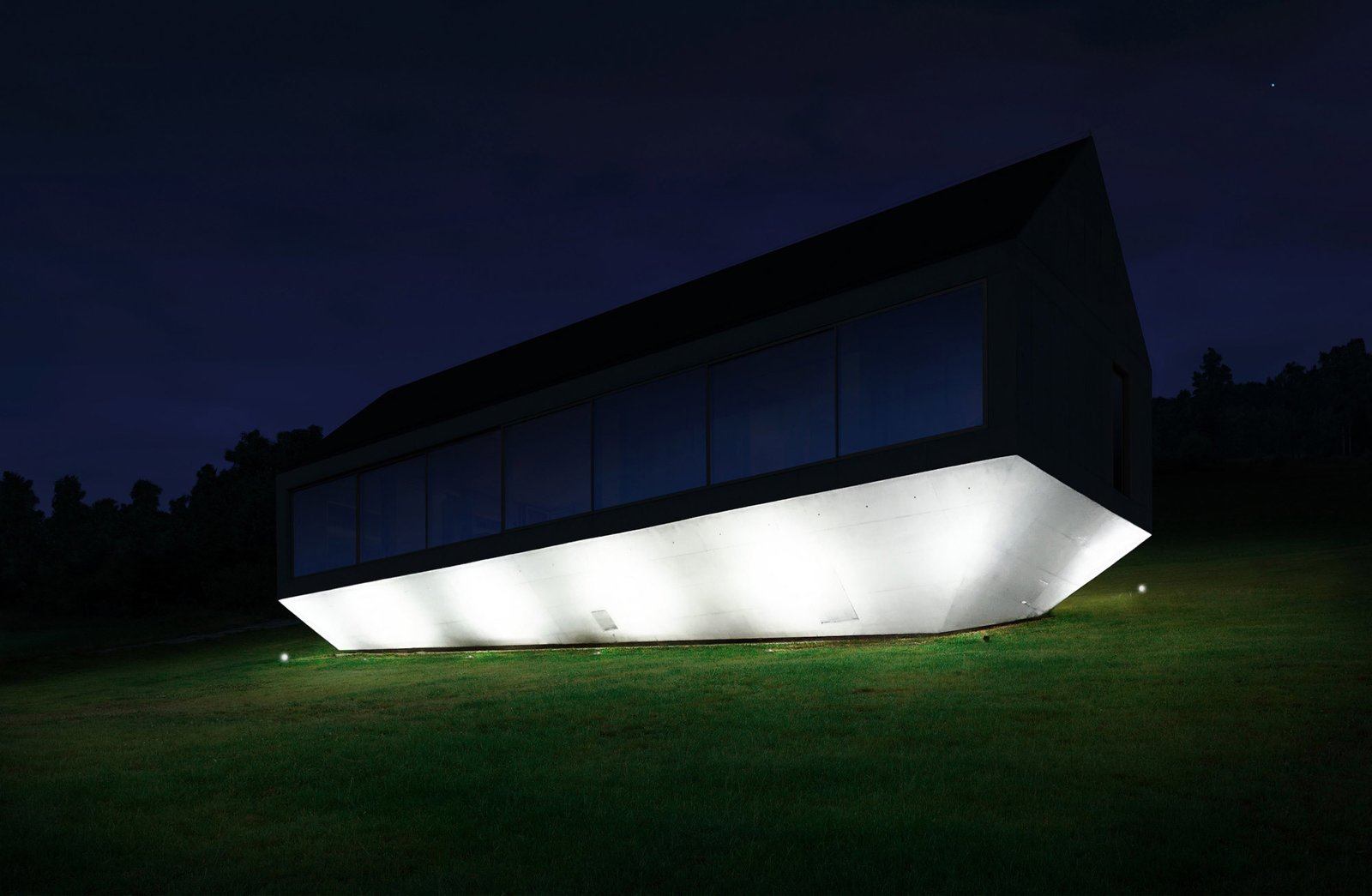 Photo 8 of 8 in A Striking Modern House Built In A Pastoral Landscape