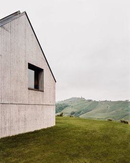 A Former Wine Press House Becomes a Modern Vineyard Home - Photo 2 of 14 -