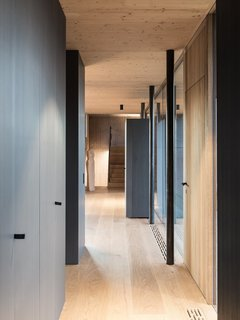 A Former Wine Press House Becomes a Modern Vineyard Home - Photo 10 of 14 -