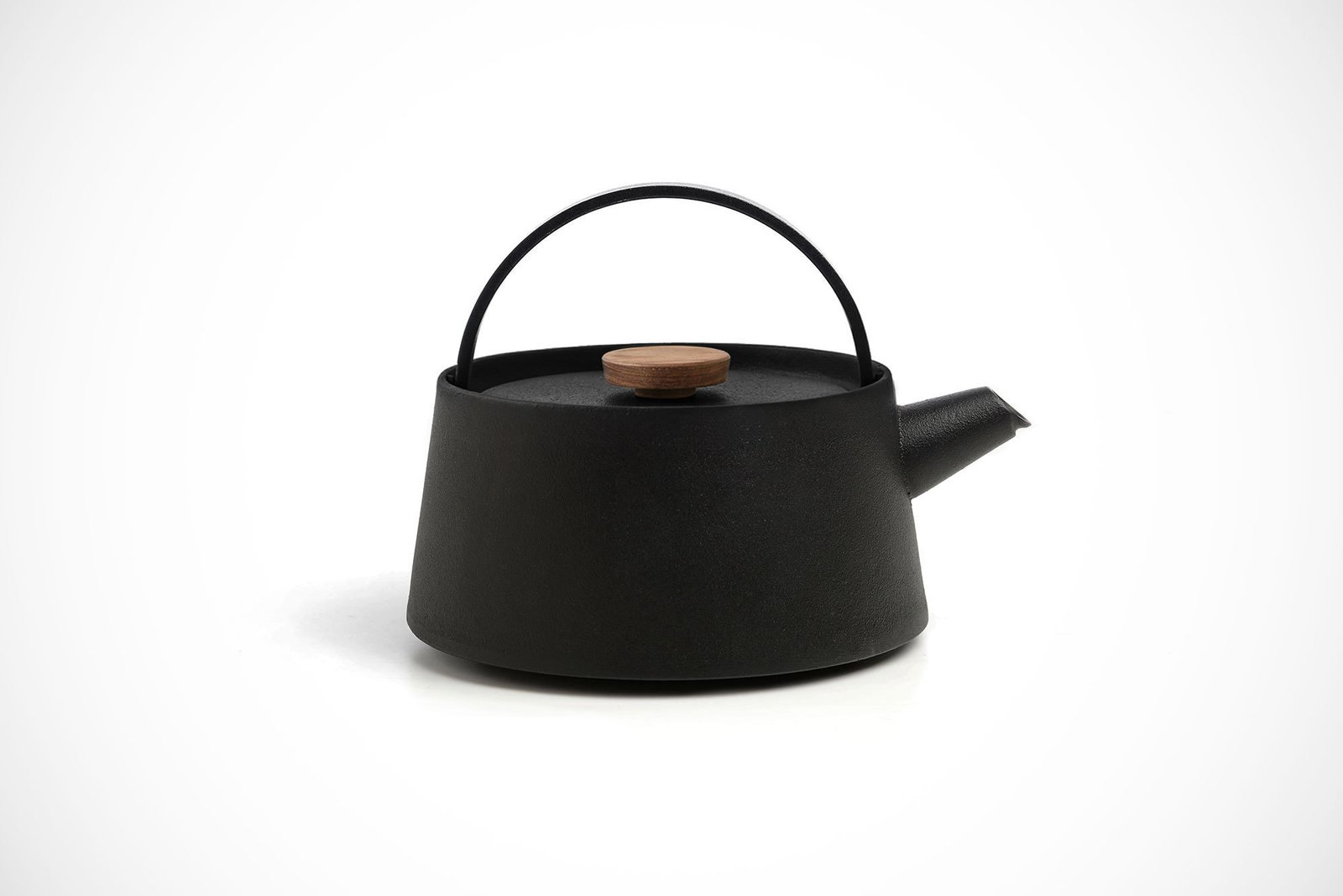 Photo 1 of 1 in Nambu Cast Iron Kettle, 2016 Edition