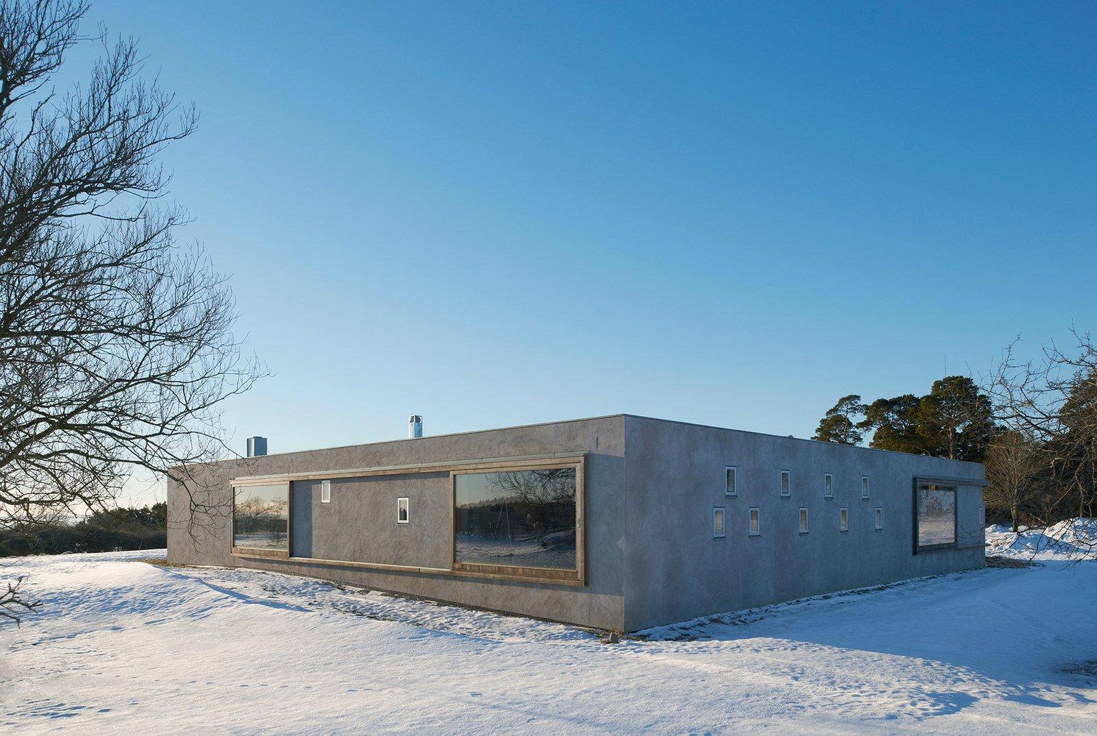 Photo 1 of 6 in Atrium House By Tham & Videgård Arkitekter