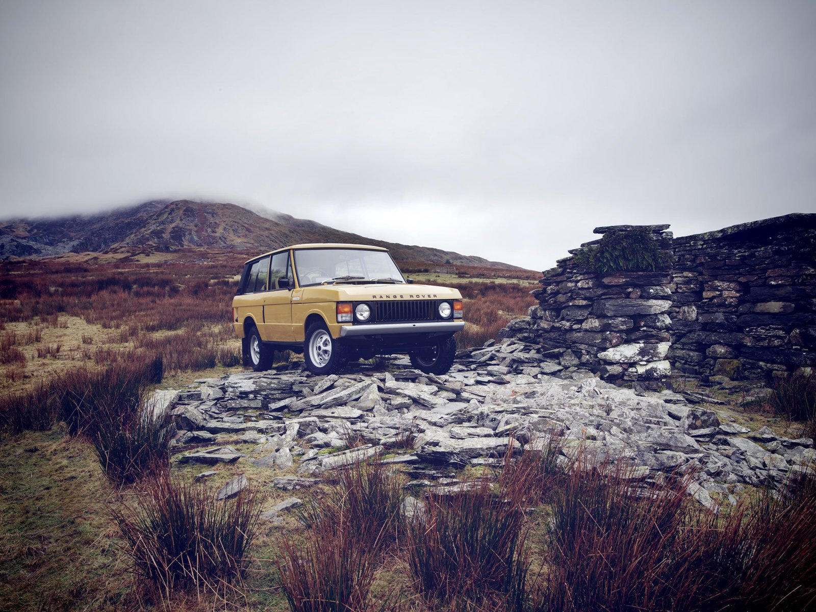 Photo 1 of 7 in 1978 Range Rover Classic Comes To The Reborn Series
