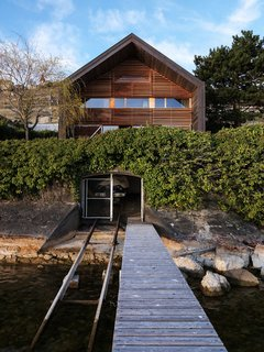 House on the Water by Galletti & Matter Architectes - Photo 1 of 10 -