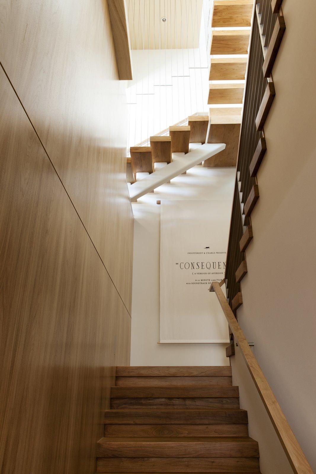 Living Room and Medium Hardwood Floor  Summitridge by Marmol Radziner