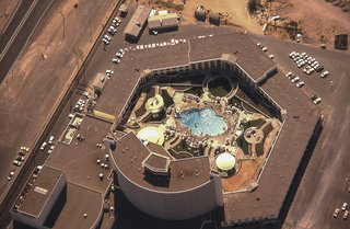 An ariel view of Caesars Palace and the Gardens of the Gods pool oasis, circa 1970.