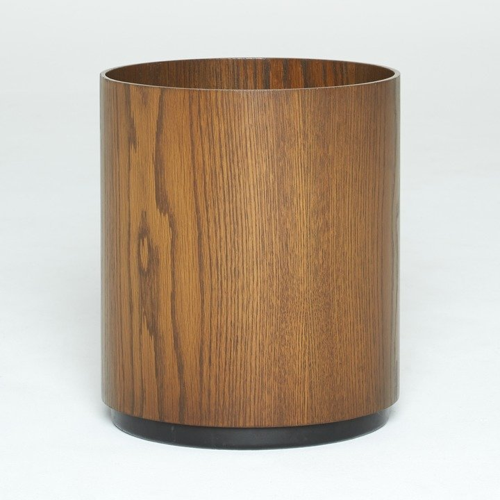 Into Danish Modern Furniture These Vintage Jens Risom Pieces Right Now