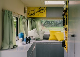 Can't Pick a Vacation Spot? Rent a Hotel Room on Wheels in Germany - Photo 4 of 4 -