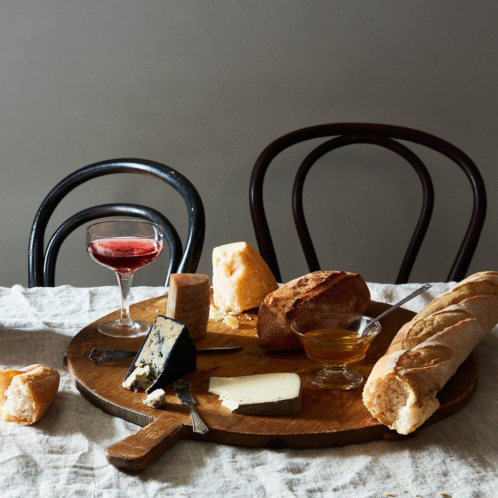 Vintage Round German Bread Board