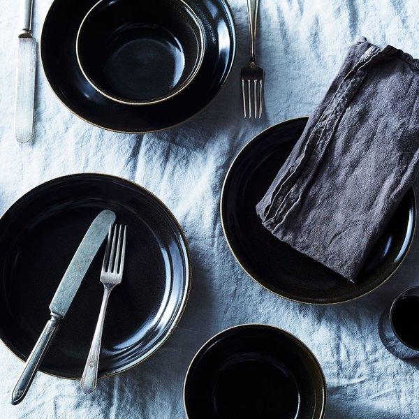 Black Japanese Ceramic Dinnerware (Set of 4)