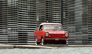 The Amphicar 770 Is A Car No One Understands, Everyone Loves - Photo 8 of 11 -