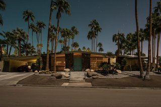 Here's Palm Springs In All Its Nighttime Glory - Photo 8 of 15 -