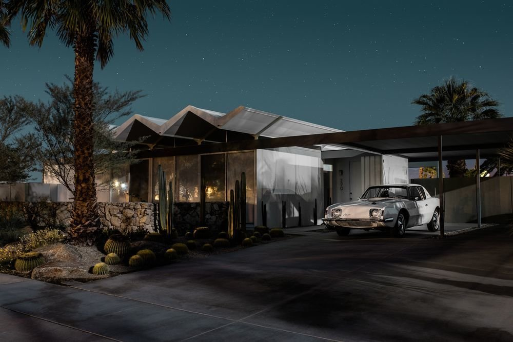 Photo 3 of 16 in Here's Palm Springs In All Its Nighttime Glory