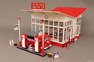 A Modernist Gas Station Made From Lego Is Fit For Any Shelf - Photo 1 of 6 -