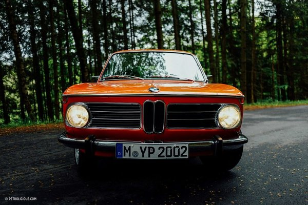 Photo 2 of 8 in This Is What It's Like To Drive The BMW 2002 Tii