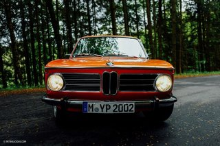 This Is What It's Like To Drive The BMW 2002 Tii - Photo 1 of 7 -