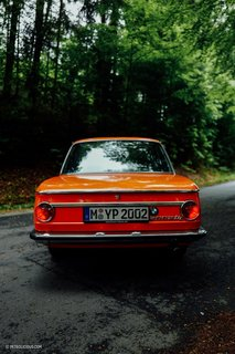 This Is What It's Like To Drive The BMW 2002 Tii - Photo 2 of 7 -