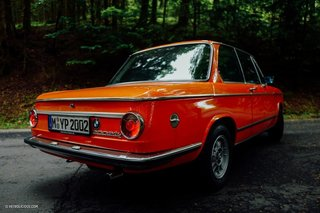 This Is What It's Like To Drive The BMW 2002 Tii - Photo 4 of 7 -