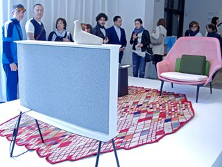 Samsung Serif: A Midcentury Modern Television - Photo 1 of 12 -