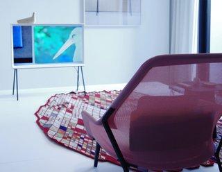 Samsung Serif: A Midcentury Modern Television - Photo 5 of 12 -