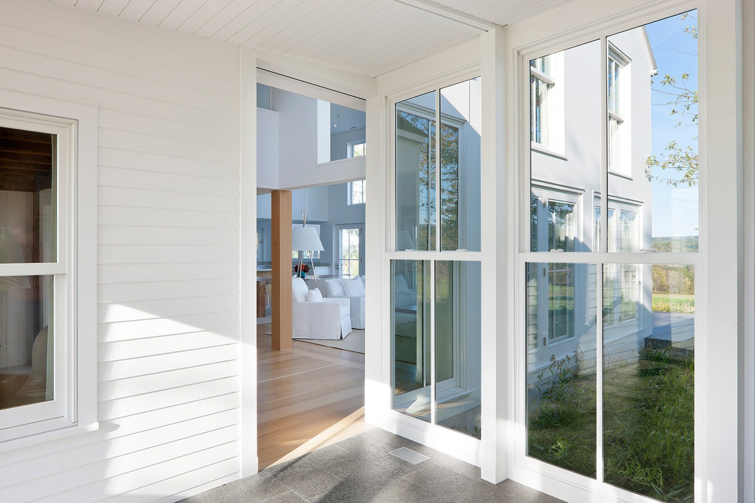Photo 5 of 8 in Traditional Farmhouse Meets Contemporary Living