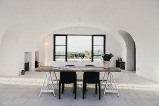 Designed as a modern-day farmhouse, Masseria Moroseta uses local materials, traditional building methods, and details from the local architecture, resulting in a building that fits perfectly within the olive trees, a real Pugliase vernacular. The Masseria is a working farm of organic olive oil, and has six suits with private gardens, for holidays immersed in the countryside, with views to the sea.