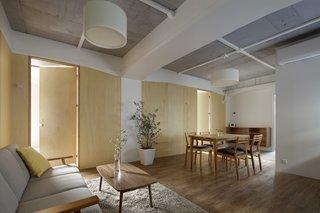 Serviced Apartments in Otsuka by Takashi Nishitani Architects - Photo 1 of 3 -