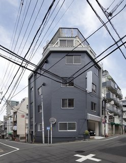 Serviced Apartments in Otsuka by Takashi Nishitani Architects - Photo 3 of 3 -