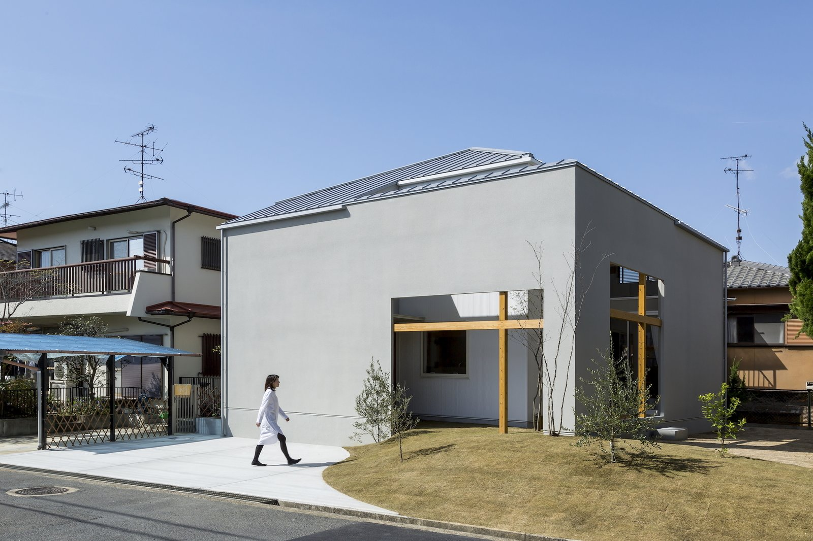 Uji House by ALTS Design Office
