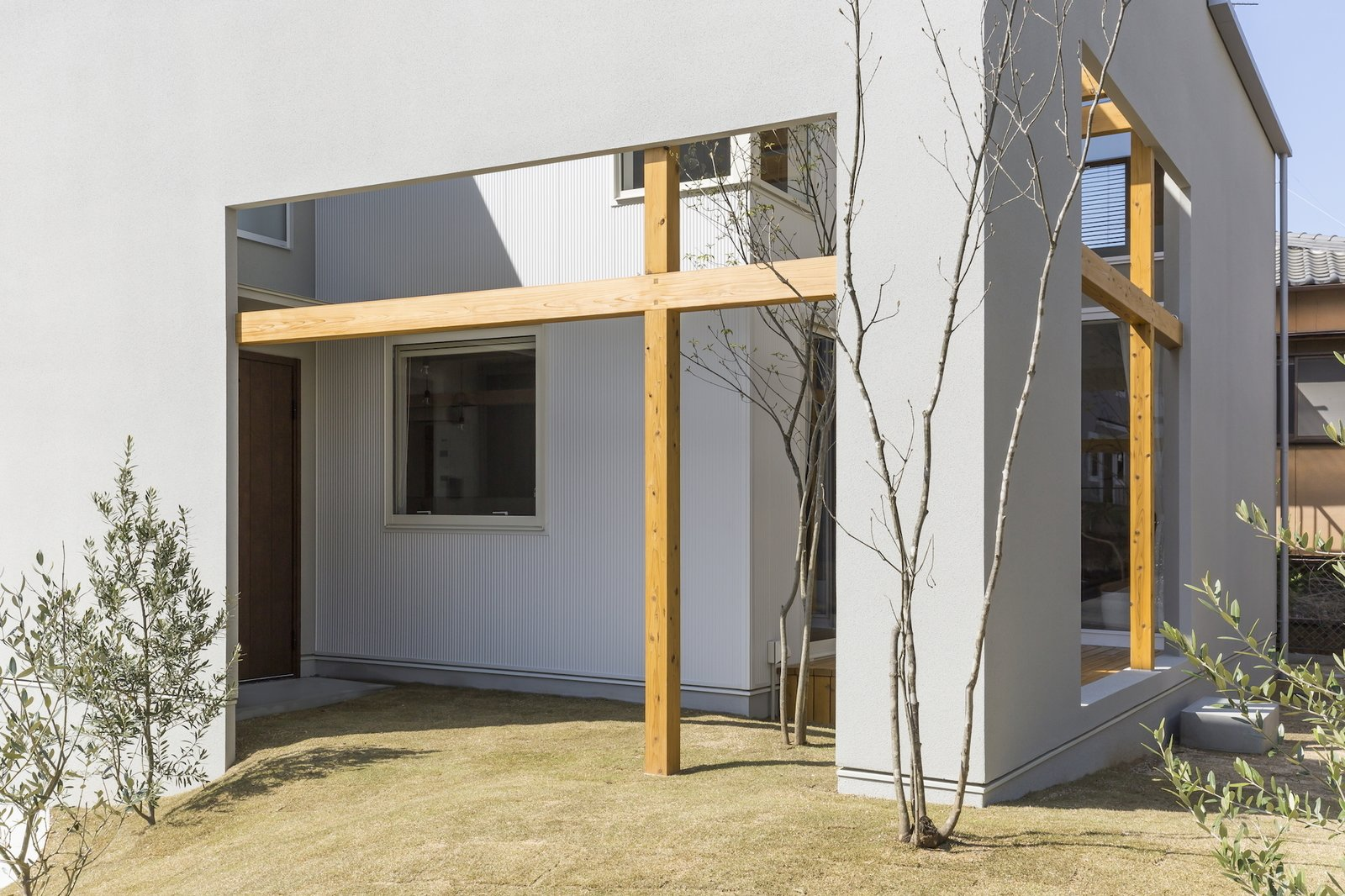 Photo 4 of 4 in Uji House by ALTS Design Office