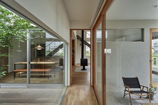 Foyer House by Toki Architect Design Office - Photo 2 of 3 -