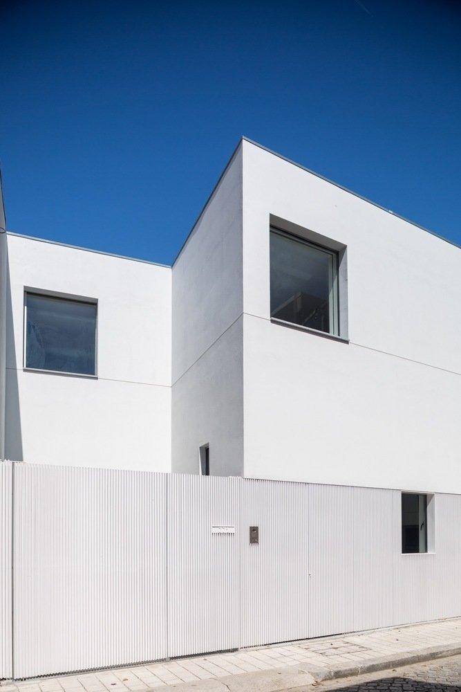 Photo 6 of 8 in Spotlight on Portugal: 7 Epic Modern Spaces from House in Matosinhos by nu.ma