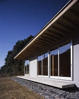 House in Yasunami by TENK - Photo 3 of 4 -