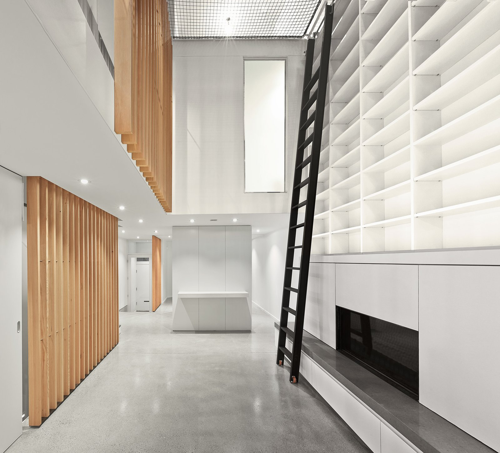 Photo 2 of 5 in Atrium House by RobitailleCurtis