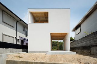 House in Mikage by SIDES CORE - Photo 1 of 5 -