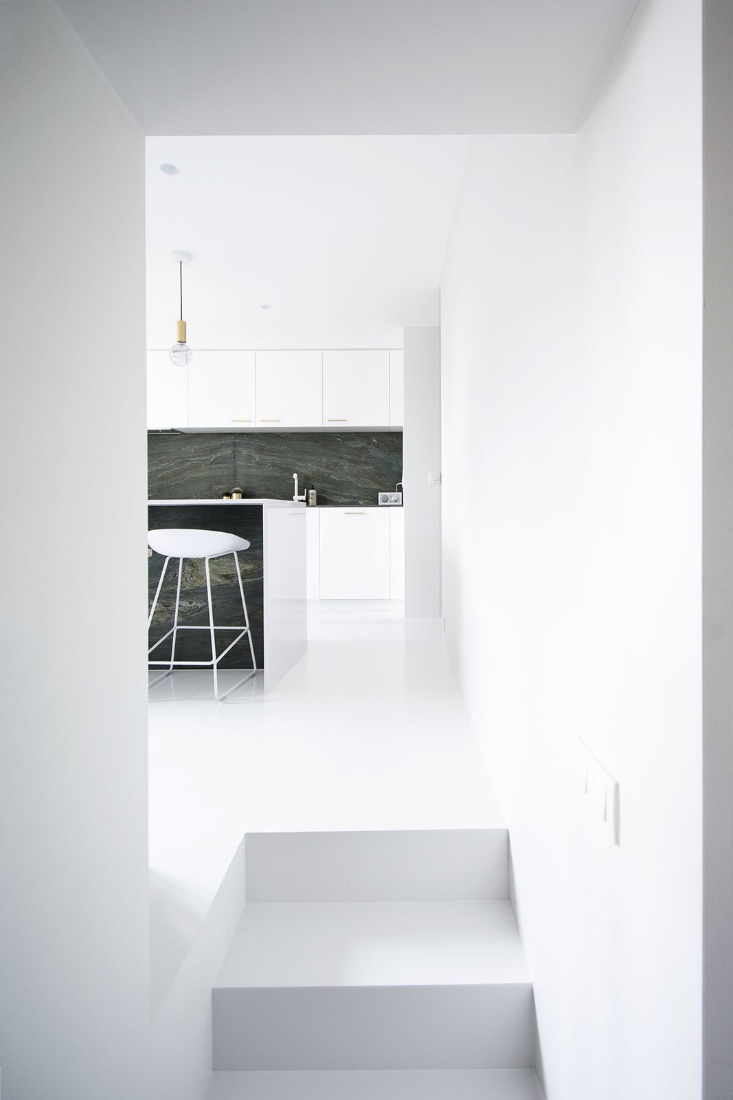 Kitchen, White Cabinet, and Pendant Lighting  Best Photos from Niels & Annemie by Benoît Deneufbourg and la fabrika studio
