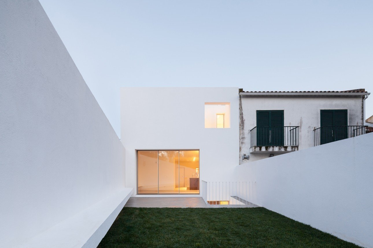 Photo 1 of 6 in House in Caramão by phdd arquitectos