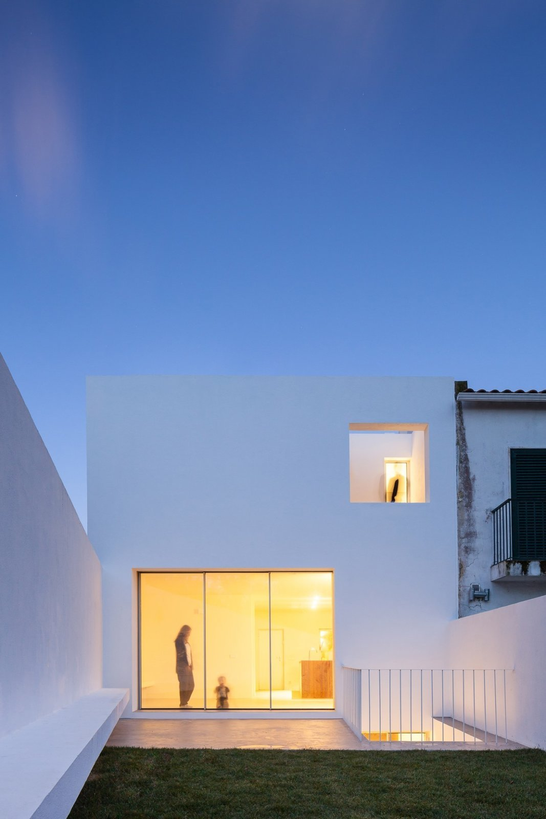 Photo 3 of 6 in House in Caramão by phdd arquitectos