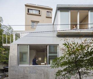 House in Tokyo by Ako Nagao + miCo
