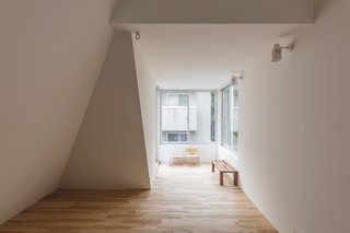 House in Tokyo by Ako Nagao + miCo - Photo 5 of 6 -