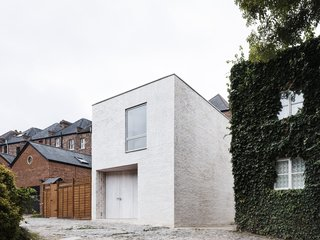 Mews House by Russell Jones