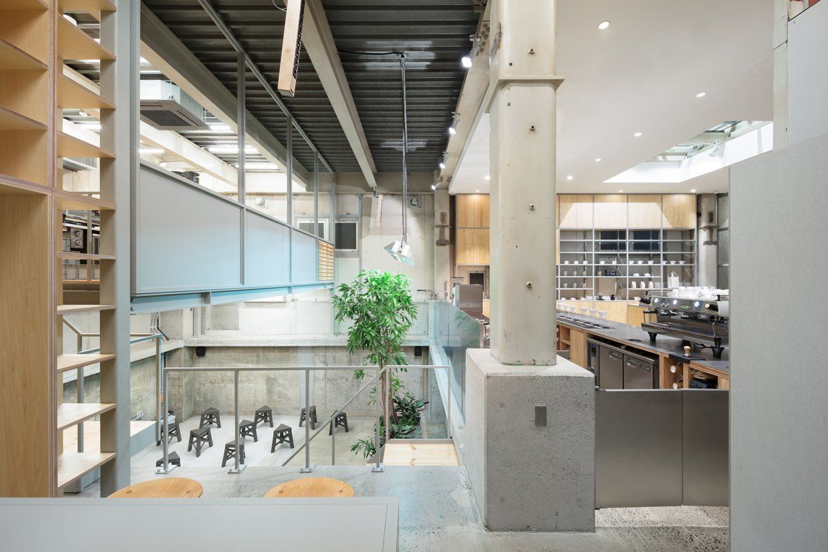 Photo 4 of 6 in Blue Bottle Coffee Nakameguro Cafe by Schemata Architects
