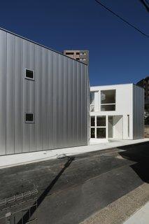 House with 30,000 Books by Takuro Yamamoto Architects