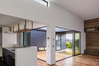 Residence in Sotohisumi by Nakasai Architects - Photo 2 of 6 -