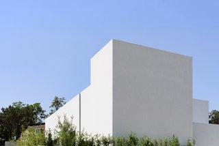Lighthouse Residence by LEESLIST & Leejae Architects